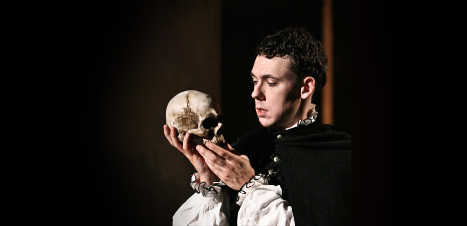 Essay, Research Paper: Hamlet Flaws